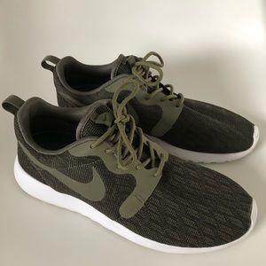 Nike Roshe One Shoes Dark Green w/3M, Men's Size 8